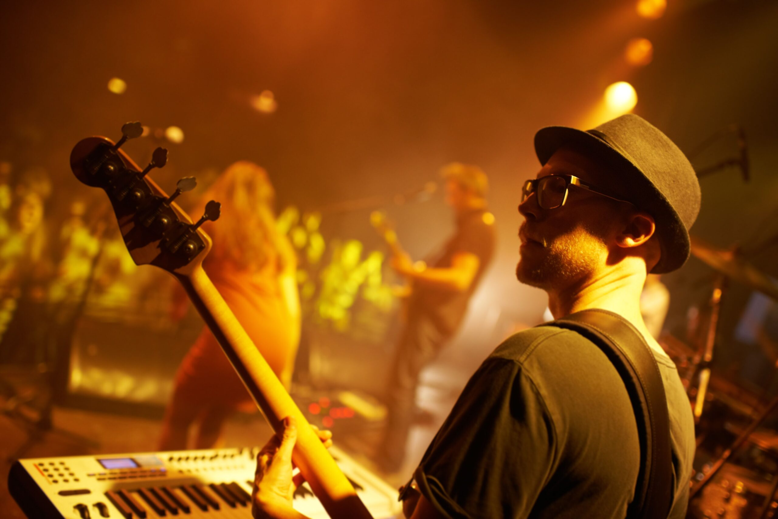 Make it Funky-A Primer on Playing Funk Guitar (en anglais)